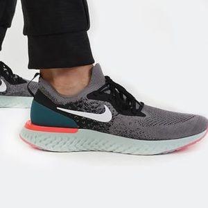 Nike Epic React Flyknit size 11.5